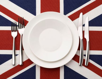 plate-knife-and-fork-on-union-jack-603356819-58a7108f3df78c345b6c0f63